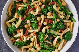 short-pasta-broccoli-rabe-chickpeas