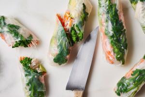 salad-rolls-broccoli-rabe-chicken-avocado-andyboy
