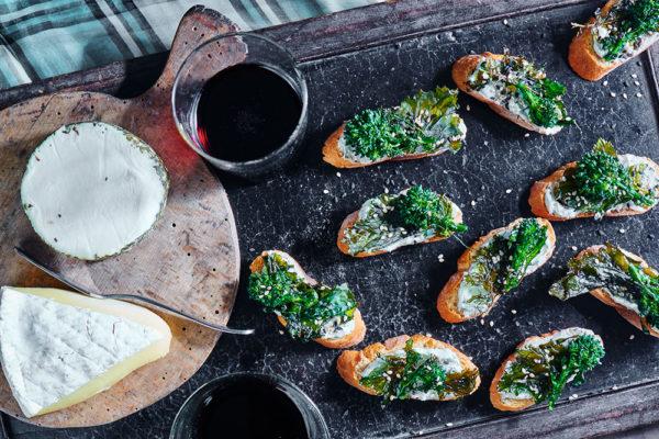 broccoli-rabe-crostini