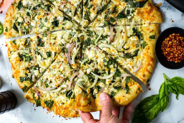 spinach-fennel-goat-cheese-pizza