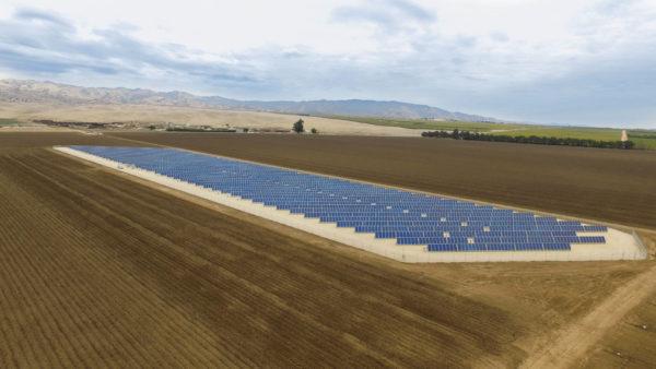 darrigo-solar-power-field-salinas