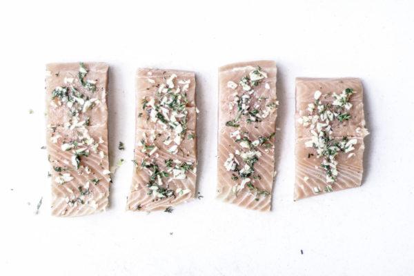 salmon-herb-rub